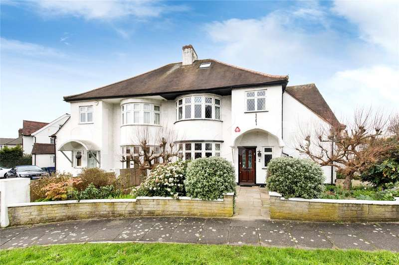 4 Bedrooms Detached House for sale in Copthall Gardens, Mill Hill, London