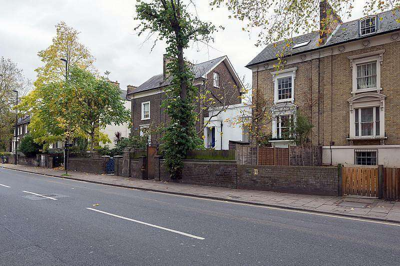 6 Bedrooms Link Detached House for sale in Coldharbour Lane, Brixton, SW9