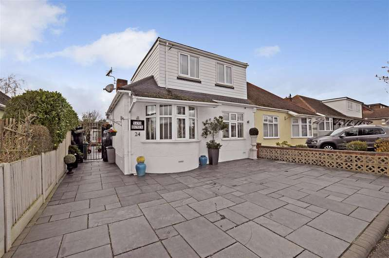4 Bedrooms Semi Detached House for sale in Philmead Road, Benfleet