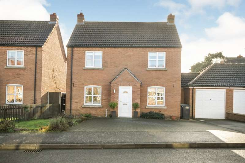 3 Bedrooms Detached House for sale in Grange Drive, Lincoln, Lincolnshire, LN4