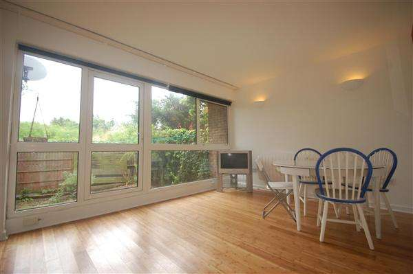 2 Bedrooms Apartment Flat for sale in Delamere Road, Wimbledon