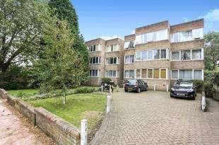 1 Bedroom Flat for sale in Green Court, 27 Beckenham Grove, Bromley, .