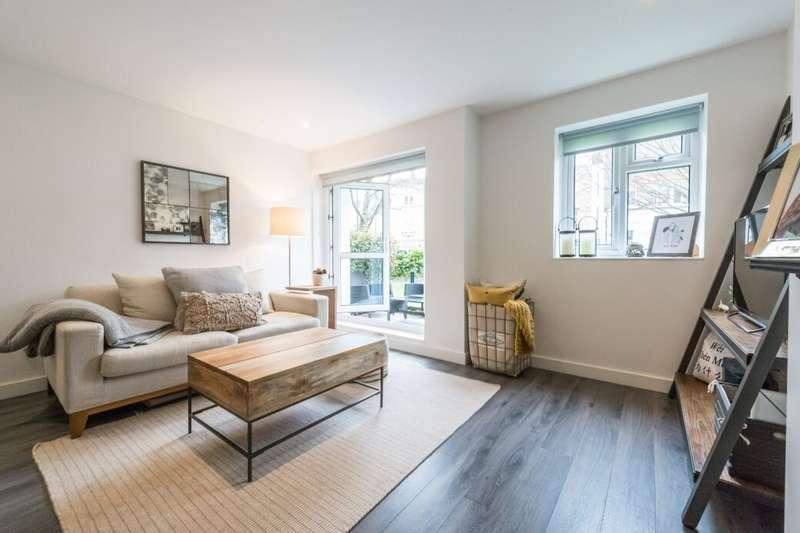 1 Bedroom Flat for sale in Lambeth Walk, London, SE11