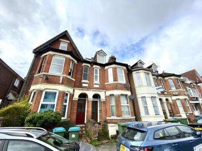 3 Bedrooms Flat for sale in Banister Park, Southampton, Hampshire