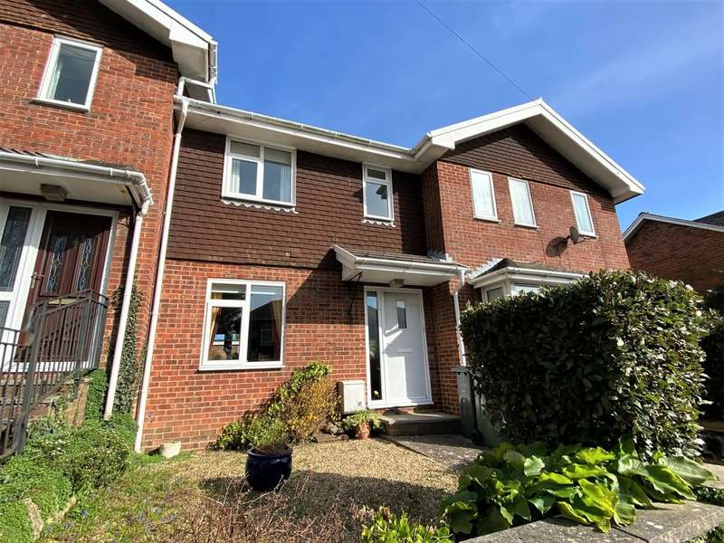 3 Bedrooms Terraced House for sale in Winton Street, Ryde