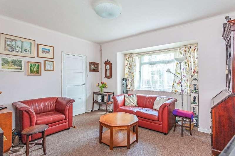 3 Bedrooms Semi Detached House for sale in Milton Court Road, London, SE14
