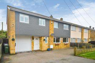 4 Bedrooms Semi Detached House for sale in Harden Road, Lydd, Romney Marsh, Kent