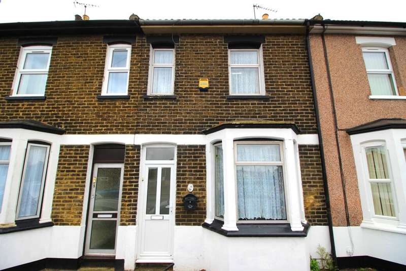 3 Bedrooms Property for sale in Wickham Terrace North Road, Queenborough, ME11