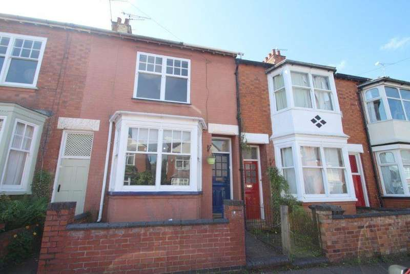 3 Bedrooms Terraced House for sale in Clarendon Park