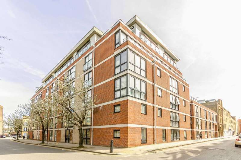 2 Bedrooms Flat for sale in Carillon Court, Greatorex Street, Spitalfields, E1
