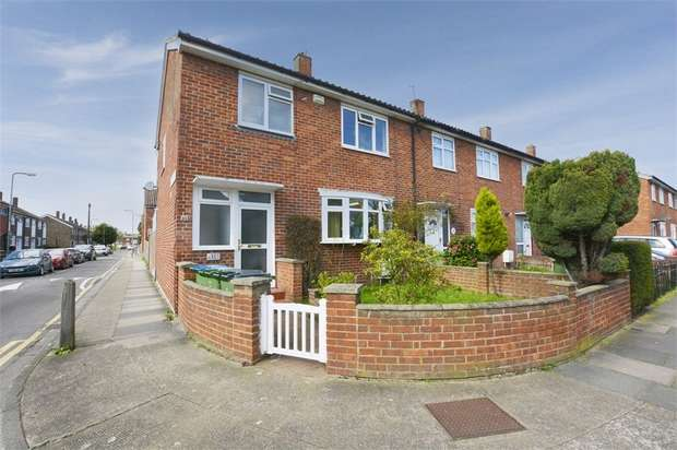 3 Bedrooms End Of Terrace House for sale in Boxgrove Road, London