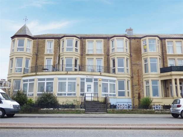 2 Bedrooms Flat for sale in 457-459 Marine Road East, Morecambe, Lancashire