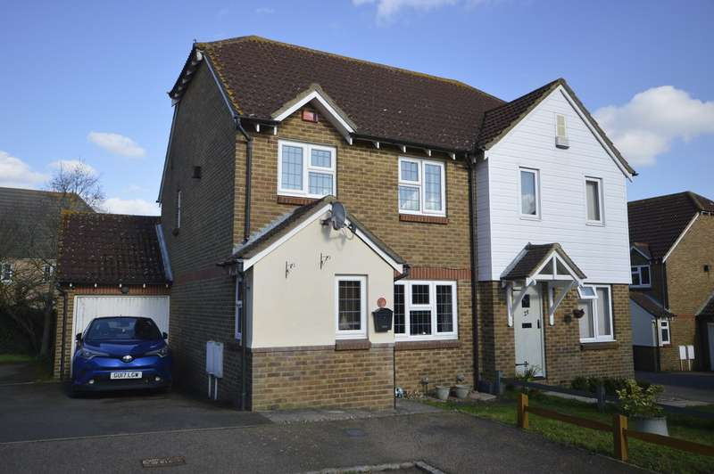 3 Bedrooms Semi Detached House for sale in Grandsire Gardens, Hoo, Rochester, Kent, ME3