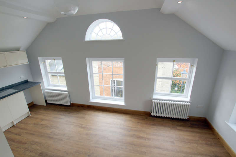 2 Bedrooms Flat for sale in Goodman House, Upper King Street, Royston