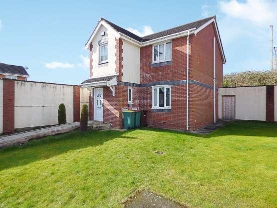 Detached House for sale in St. Michaels Close, Preston, Lancashire, PR2 3AY