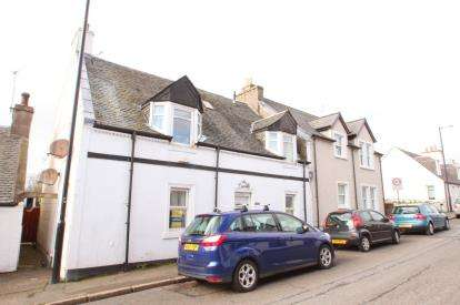 2 Bedrooms Flat for sale in Main Street, Monkton