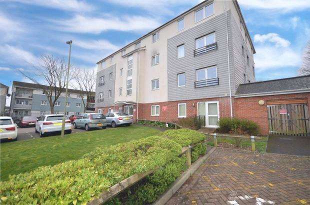 2 Bedrooms Apartment Flat for sale in Rossetti Close, Basingstoke, Hampshire
