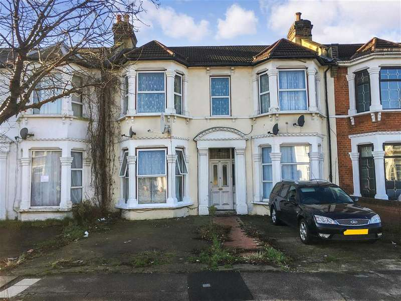 2 Bedrooms Flat for sale in Selborne Road, , Ilford, Essex
