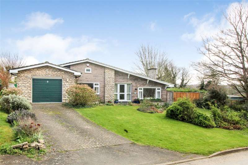 2 Bedrooms Detached Bungalow for sale in Wellington Drive, Grantham, NG31