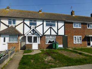 3 Bedrooms Terraced House for sale in Queensway, Lydd, Romney Marsh, Kent