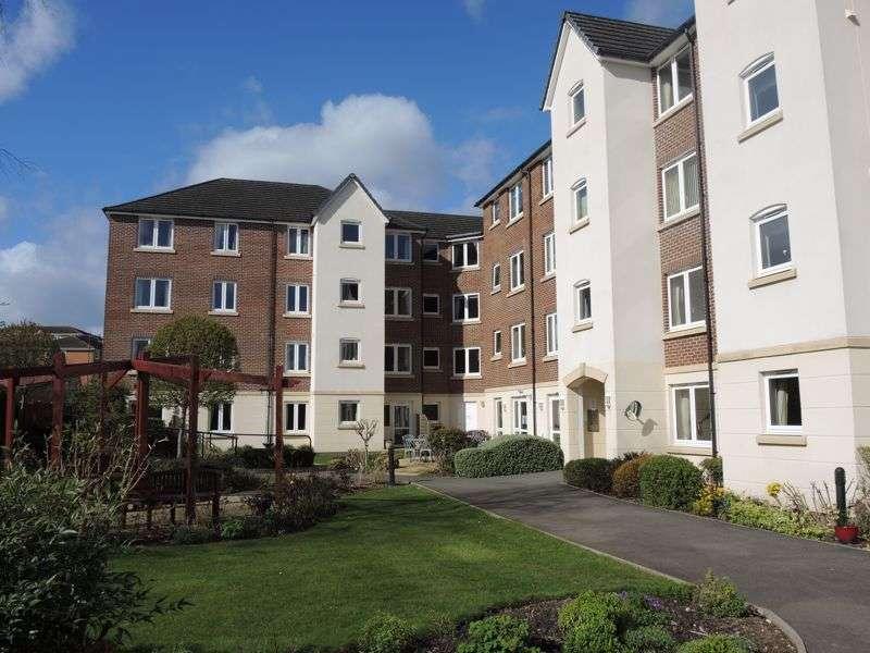 1 Bedroom Property for sale in Kingsley Court, Aldershot, GU11 1HZ