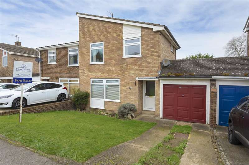 3 Bedrooms Semi Detached House for sale in Lower Road, Faversham