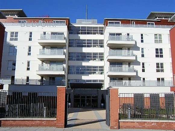 2 Bedrooms Flat for sale in Watkin Road, , Leicester, LE2 7AX