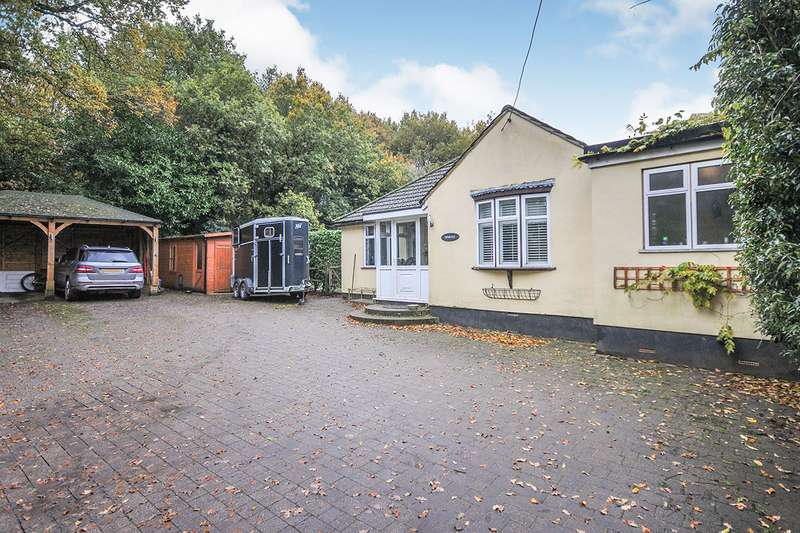 5 Bedrooms Detached Bungalow for sale in School Lane, West Kingsdown, Sevenoaks, Kent, TN15