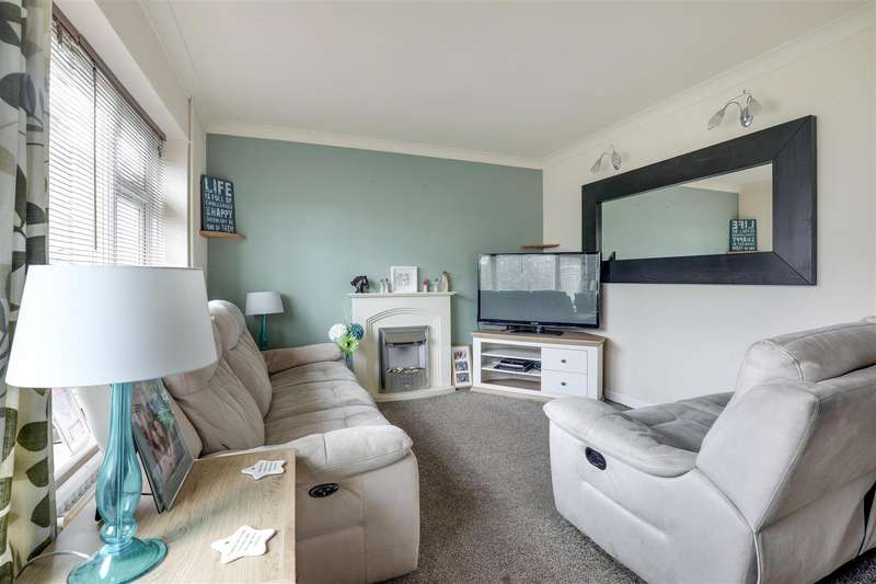 3 Bedrooms End Of Terrace House for sale in Temple Gardens, Sittingbourne