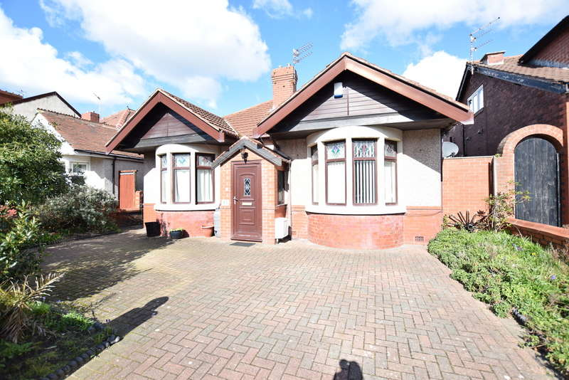 3 Bedrooms Detached Bungalow for sale in Bournemouth Road, Blackpool