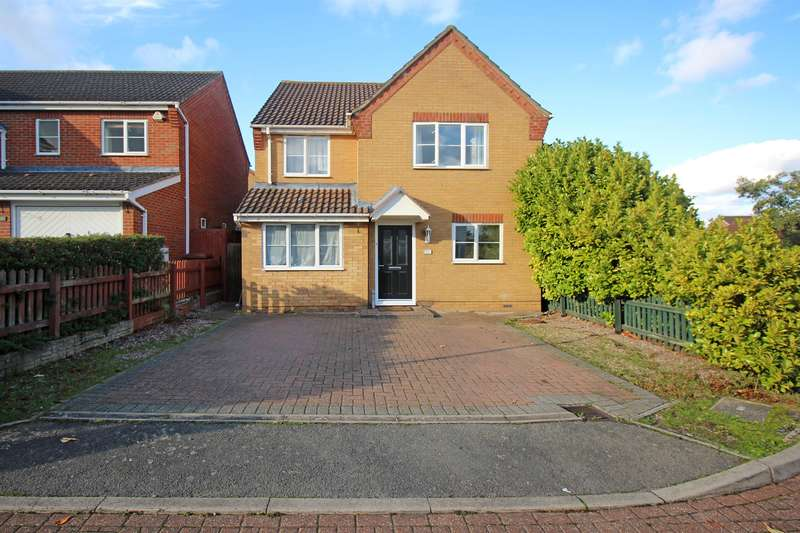4 Bedrooms Detached House for sale in Sparrow Drive, Stevenage, SG2 9FB