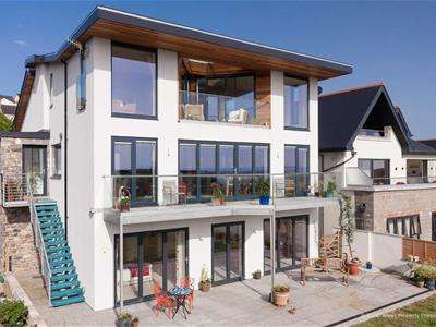 5 Bedrooms Detached House for sale in Craig Yr Eos Avenue, Ogmore By Sea