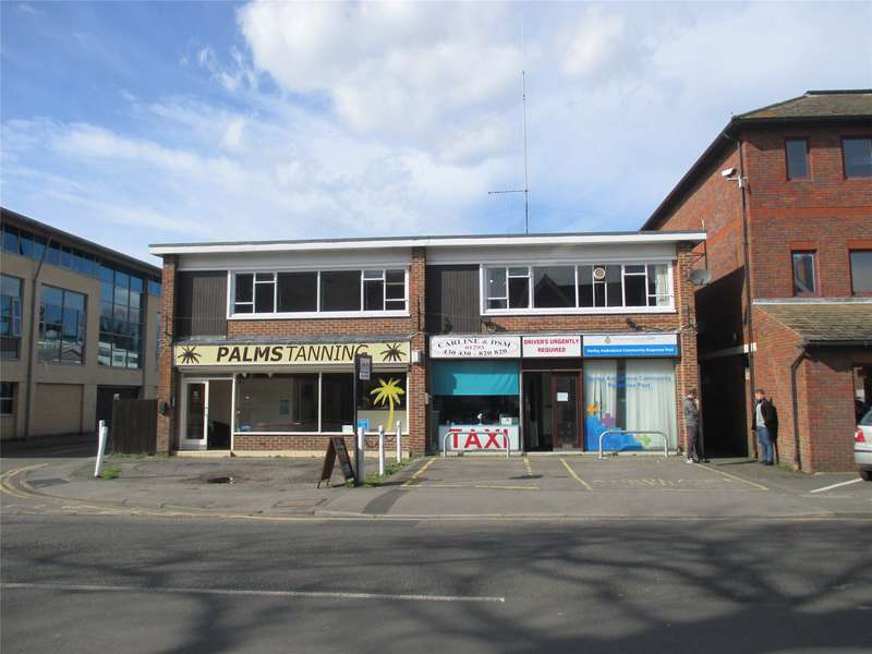 Office Commercial for rent in Massetts Road, Horley, Surrey, RH6