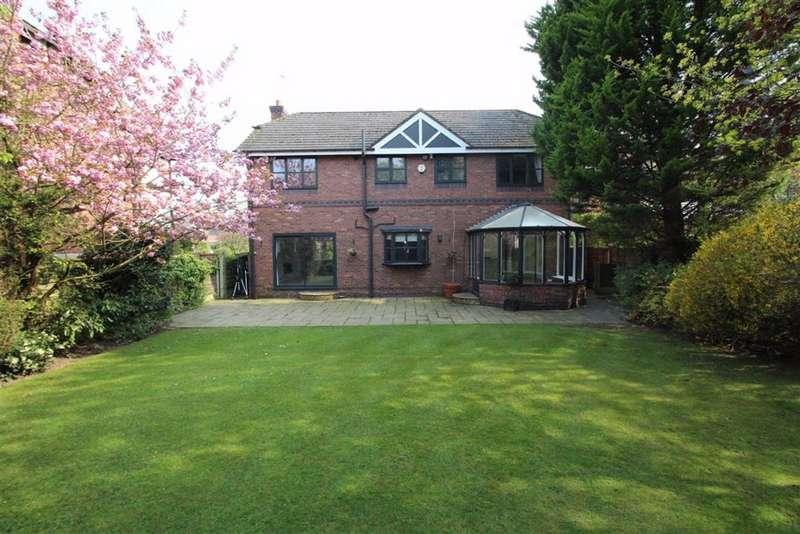 5 Bedrooms Detached House for sale in Burnside, Hale Barns