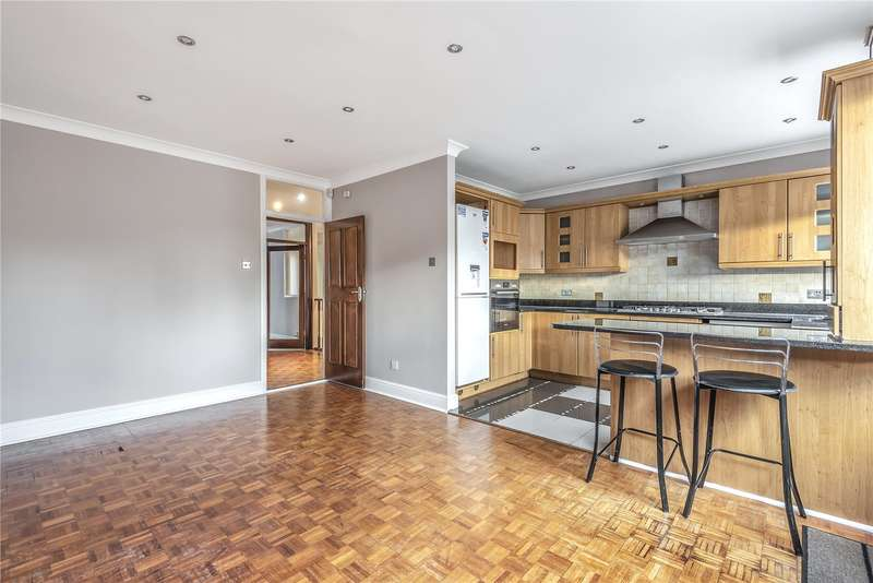 3 Bedrooms Duplex Flat for sale in Penn House, Main Avenue, Northwood, Middlesex, HA6
