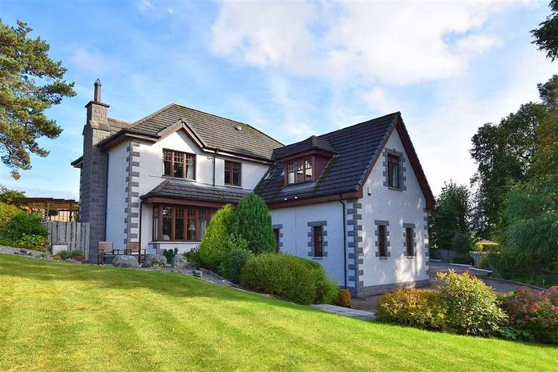 5 Bedrooms Detached House for sale in Kingussie