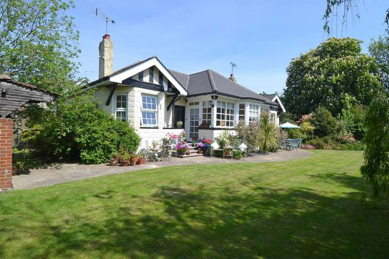 6 Bedrooms Detached Bungalow for sale in Ellis Road, Tankerton, Whitstable
