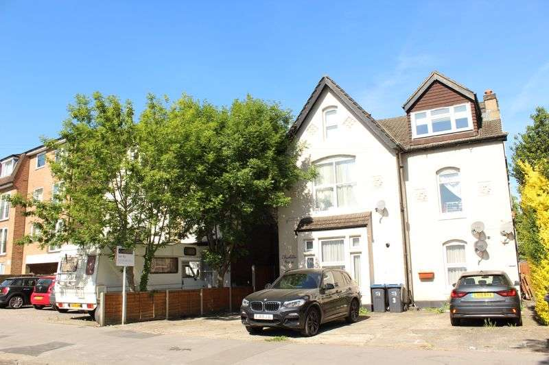 1 Bedroom Property for rent in Bramley Hill, South Croydon