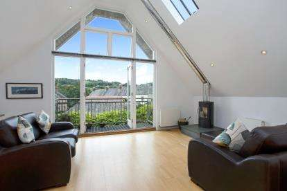 3 Bedrooms Detached House for sale in Totnes, Devon