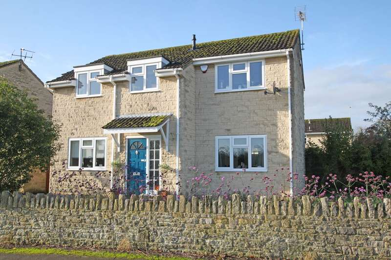 4 Bedrooms Detached House for sale in Moulton Drive, Bradford-on-Avon, BA15