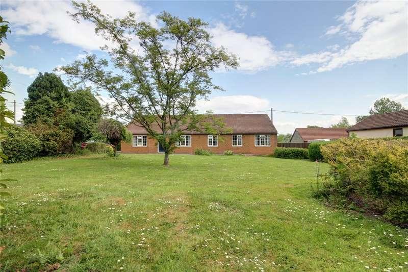 3 Bedrooms Detached Bungalow for sale in Durham Road, Coatham Mundeville, Darlington, DL1