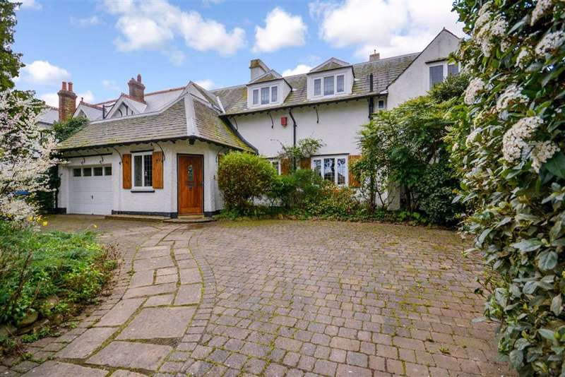 4 Bedrooms Detached House for sale in Northdown Park Road, Margate, Kent