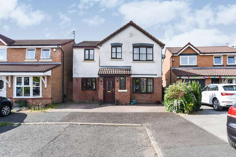 4 Bedrooms Detached House for sale in Waterside Close, Radcliffe, M26