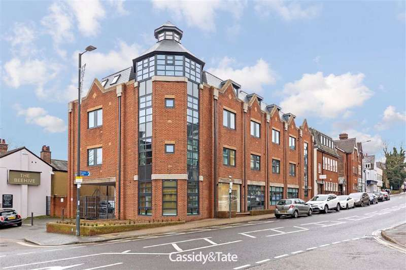 1 Bedroom Property for sale in London Road, St. Albans, Hertfordshire - AL1 1TR