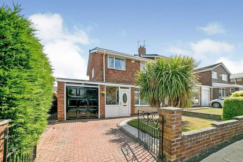 3 Bedrooms Semi Detached House for sale in The Close, Blaydon-on-Tyne, NE21
