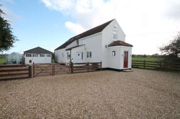 3 Bedrooms Detached House for sale in Delgate Bank, Weston Hills