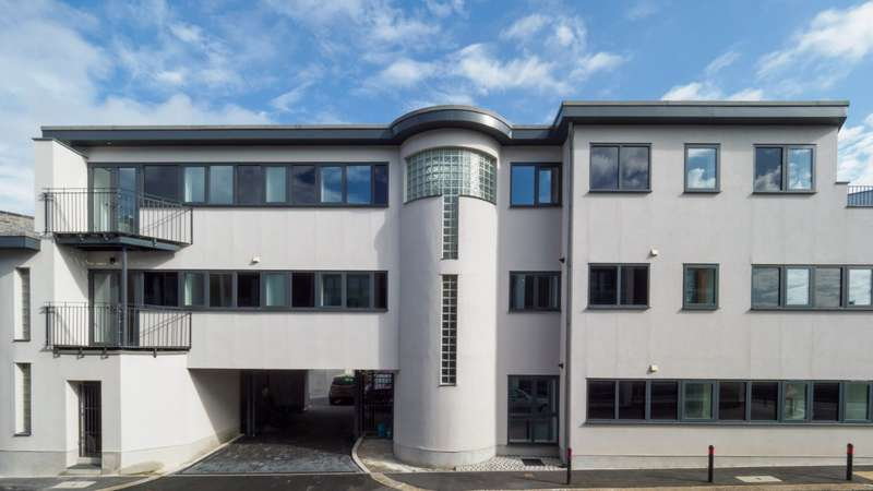 2 Bedrooms Apartment Flat for sale in Emma Place Ope, Stonehouse, Plymouth, PL1