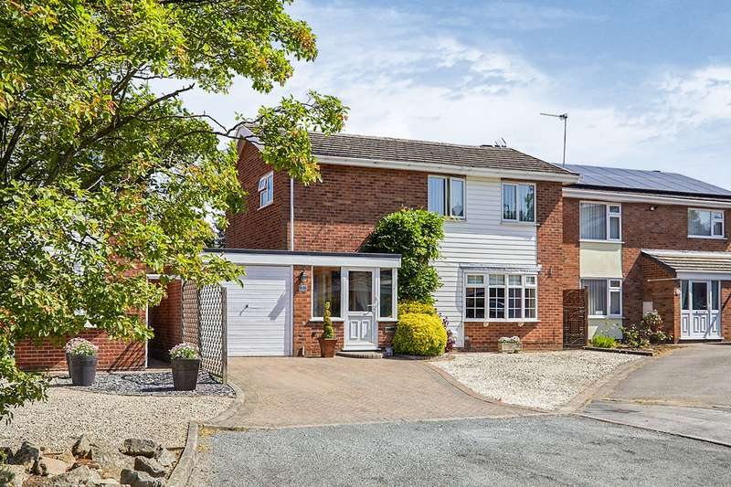 4 Bedrooms Detached House for sale in Manor Close, Burbage, Hinckley, Leicestershire, LE10