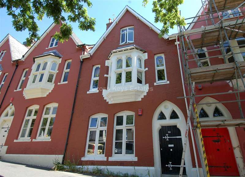 2 Bedrooms Apartment Flat for sale in Molesworth Road, Stoke