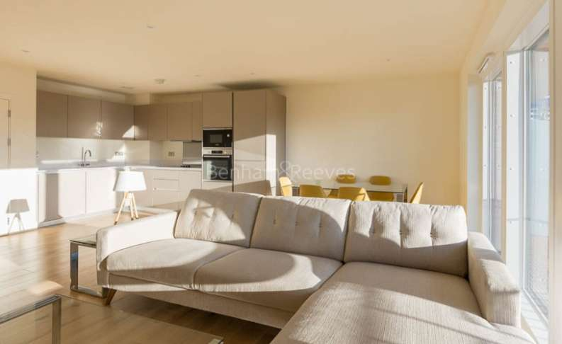 3 Bedrooms Apartment Flat for rent in Royal Arsenal Riverside, Woolwich, SE18